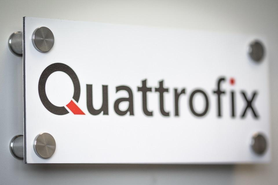 Quattrofix RVS afstandhouders - stainles steel standoffs - edelstahl abstandhalters